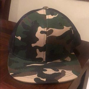 Snap back army hat